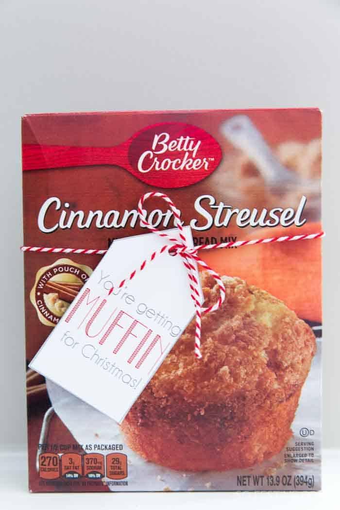 getting-muffin-christmas-neighbor-gift-idea