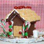 Graham-Cracker-Christmas-Gingerbread-House-3