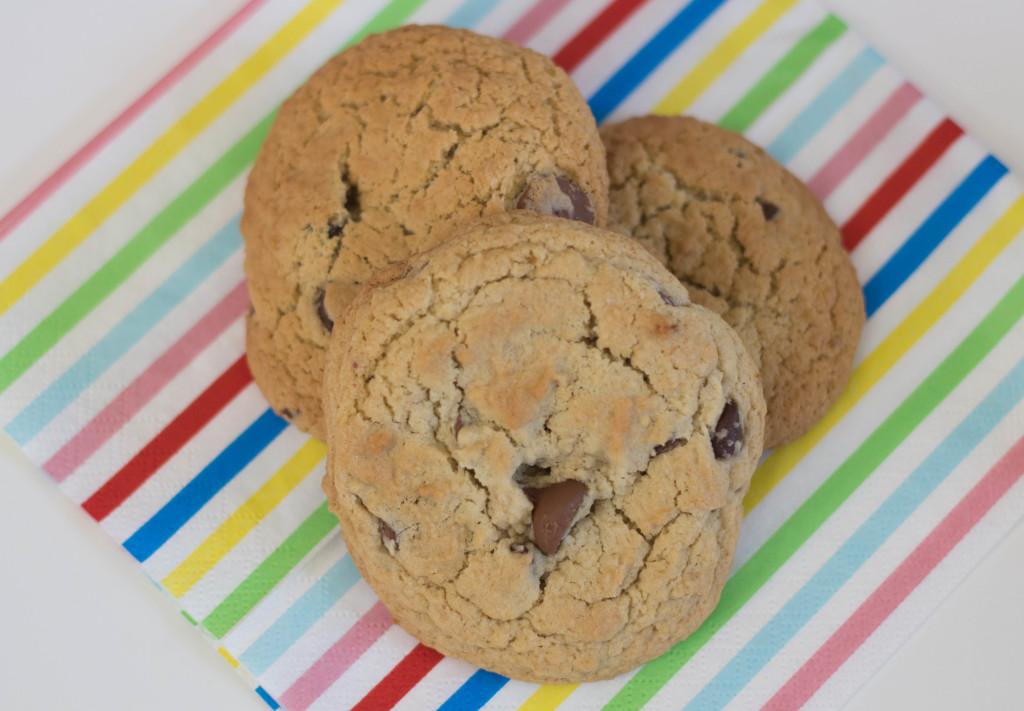Neiman-Marcus-Chocolate-Chip-Cookies