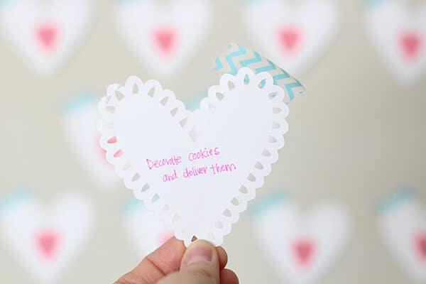 Valentine Countdown : 14 Days to Show Love - So Festive!