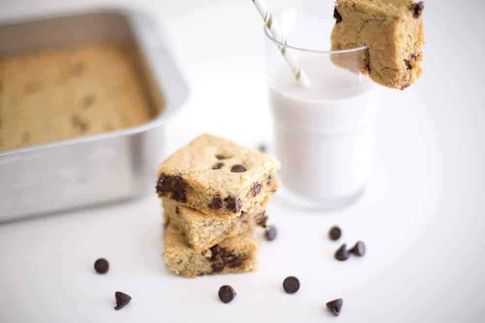 The Best Chocolate Chip Cookie Bar Recipe