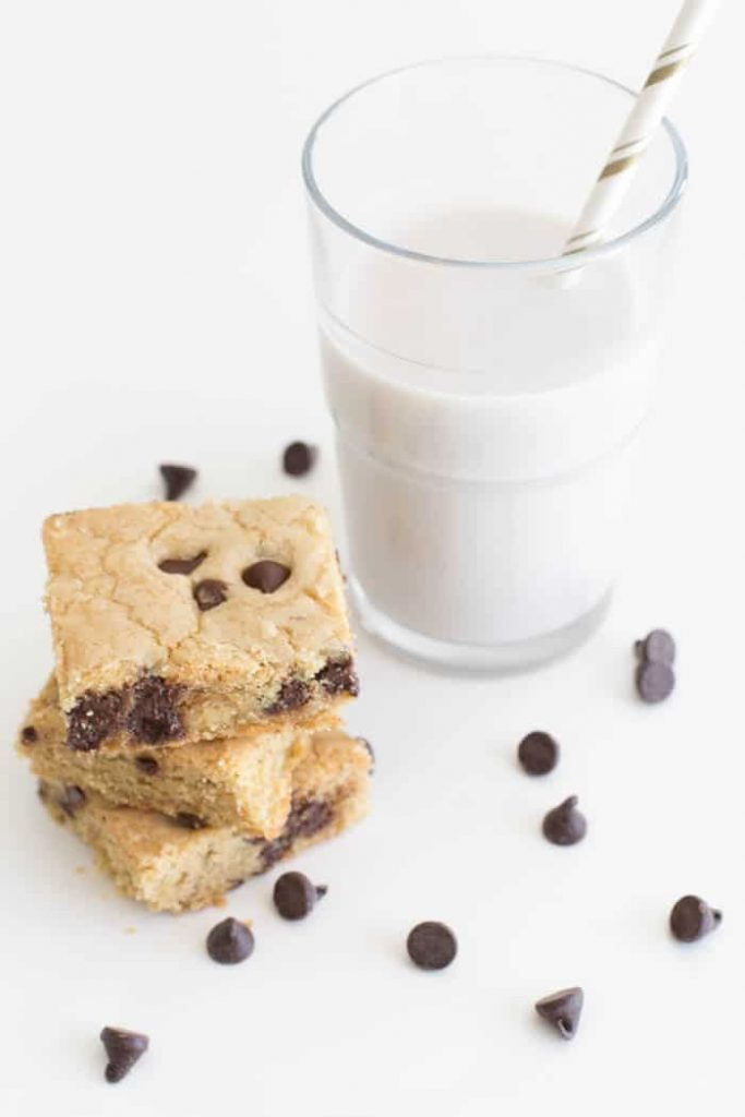best-chocolate-chip-cookie-bars