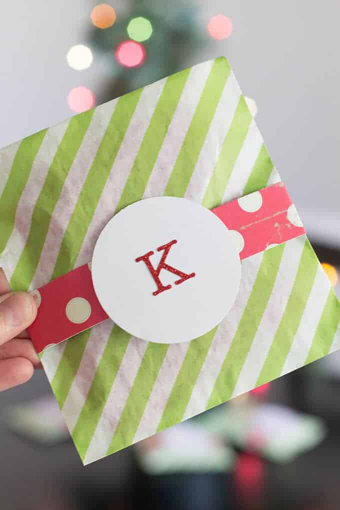 paper-striped-bags-christmas-gift-wrap