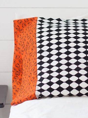 halloween- pillowcase- tradition