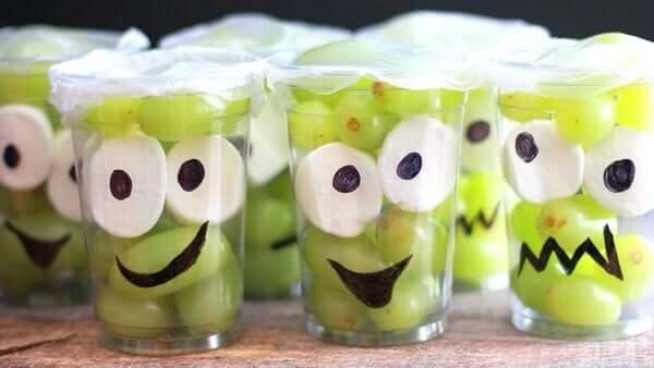 Monster_Fruit_Cups_Recipe
