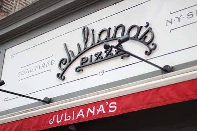 julianna's-pizza-brooklyn
