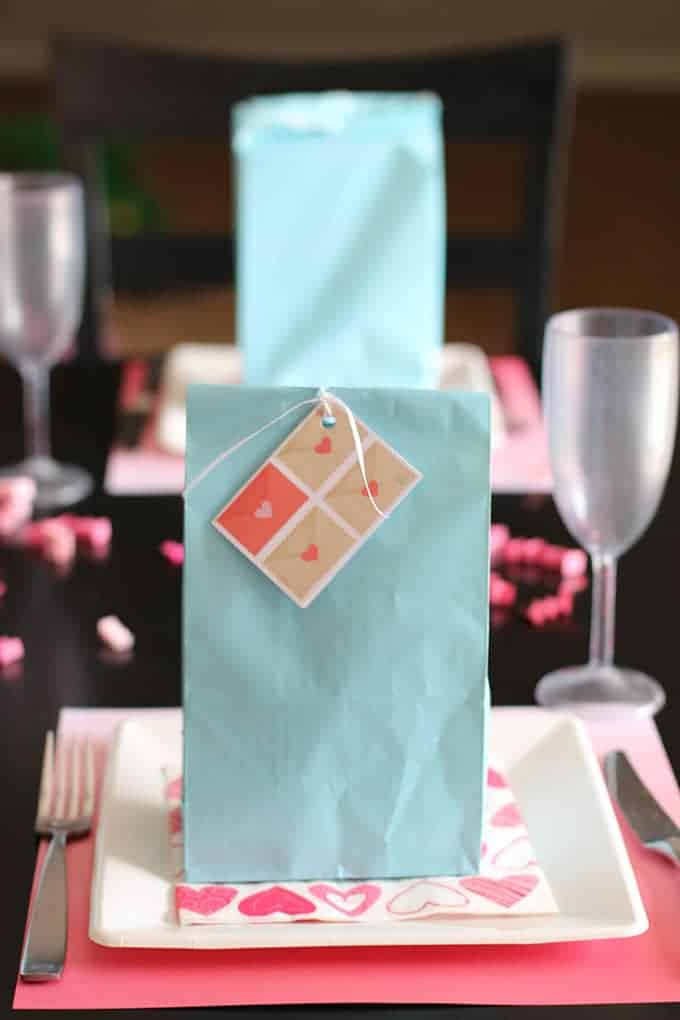 valentines-day-dinner-gift-ideas