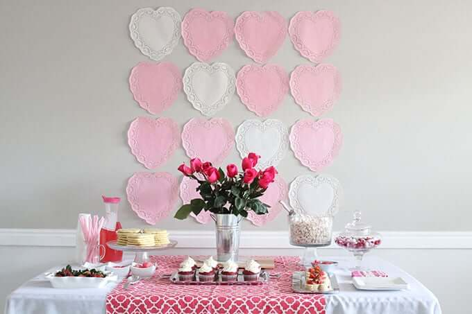 valentines-party-table-decor-food-ideas