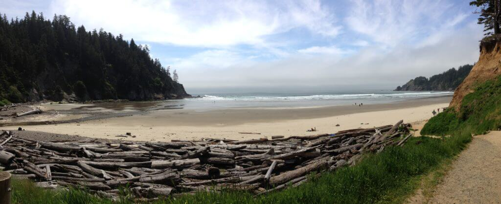 short-sand-beach-oregon-coast-with-kids