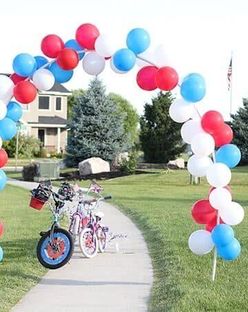 bike-parade-make-balloon-arch