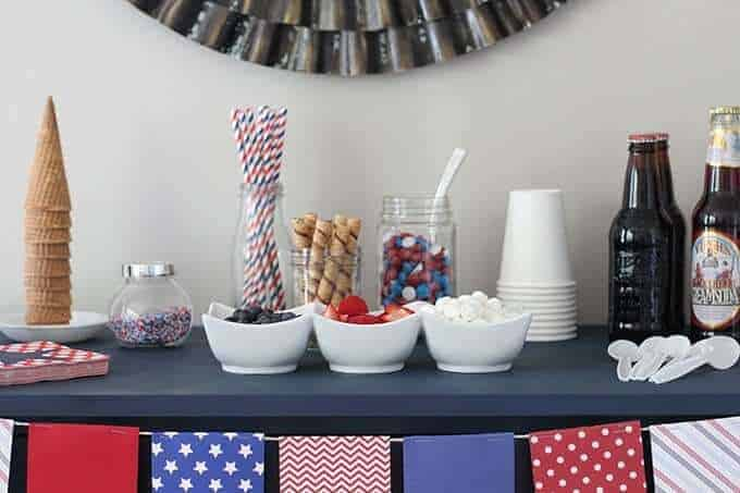 fourth-of-july-ice-cream-bar-toppings