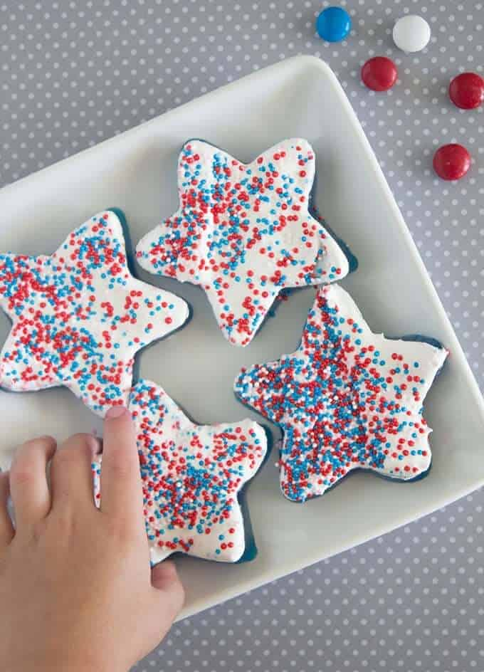 DESSERT-FOR-4TH-of-july-jello-treats
