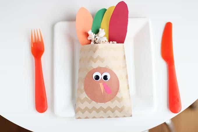 turkey-treat-bag-thanksgiving-favor