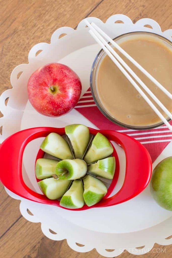 Soft-Caramel-Apple-Dip-2