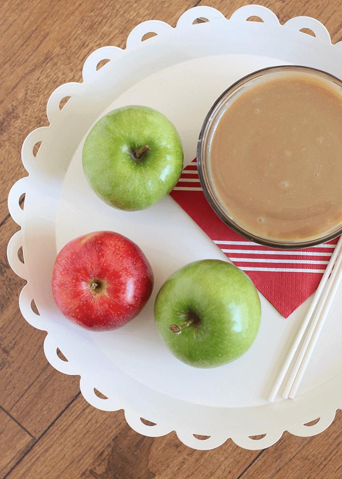 easy-caramel-apple-dip