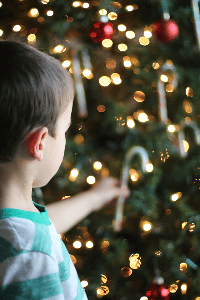 candy-canes-for-kids-christmas-tradition