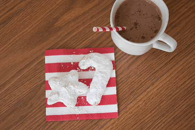 christmas-morning-breakfast-tradition-beignets