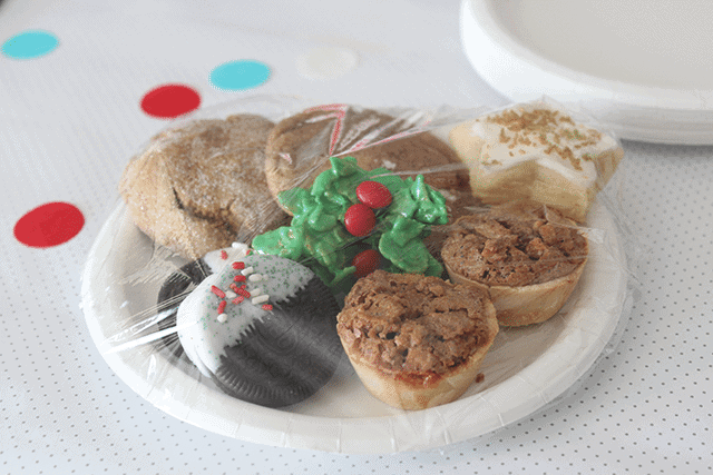 christmas-cookies-for-a-christmas-cookie-exchange-party