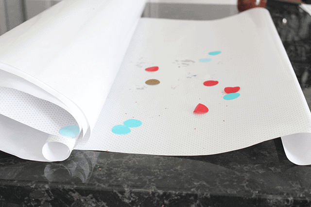 Line counters with wrapping paper for easy party cleanup