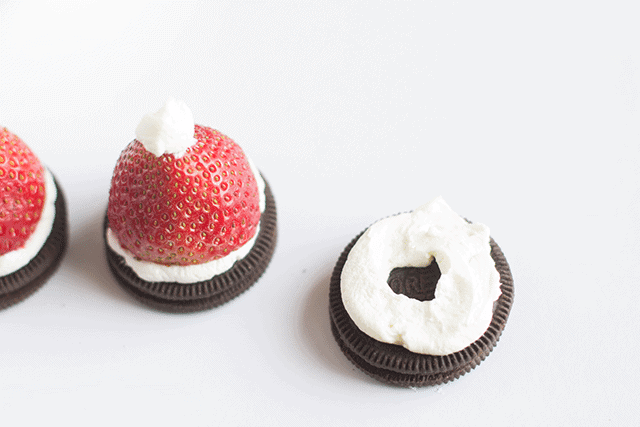 how-to-make-oreo-santa-hat-cookies