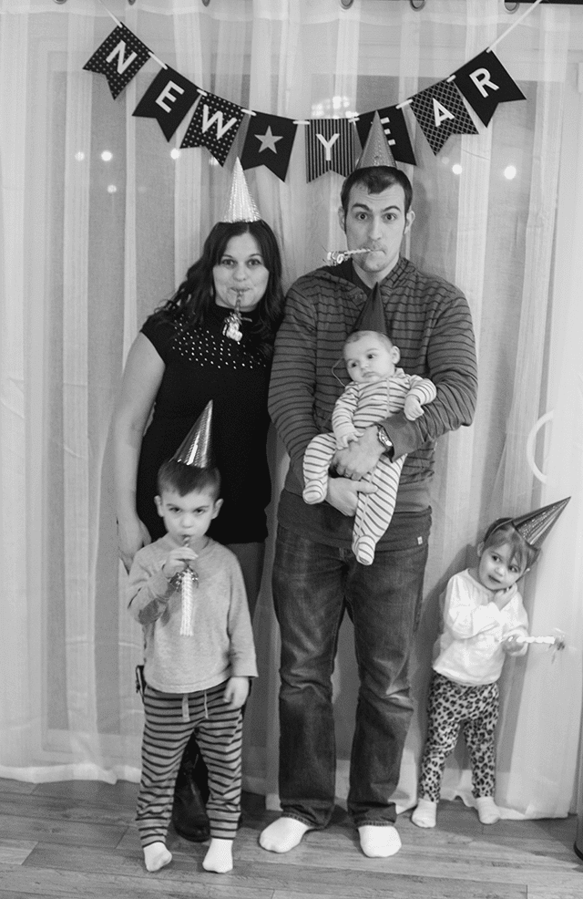 2016-new-years-eve-family-photo