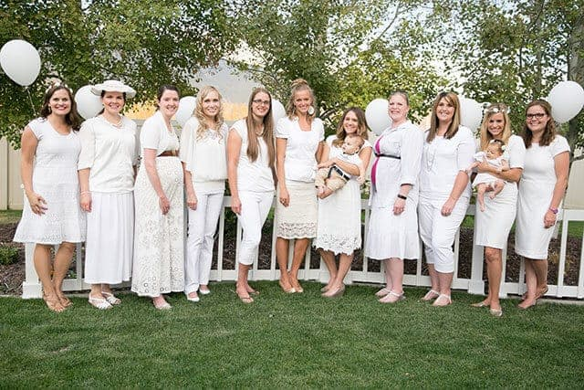 diner-en-blanc-white-clothing-ideas