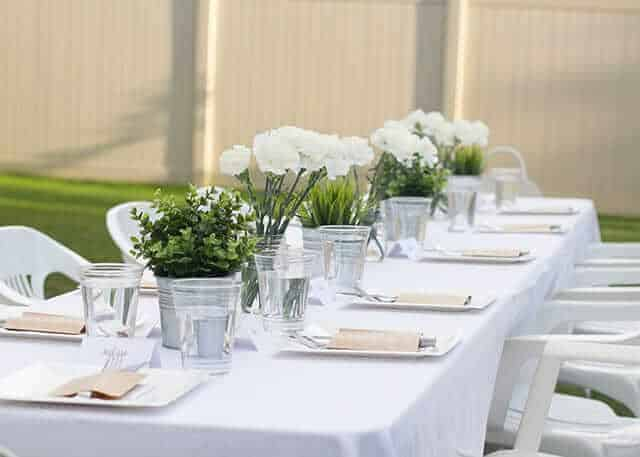 white-dinner-diner-en-blanc-wedding-table-ideas