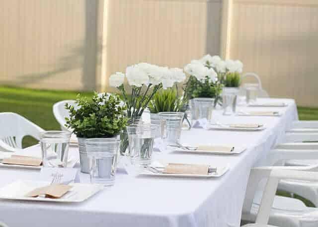 white-dinner-diner-en-blanc-wedding-table-ideas