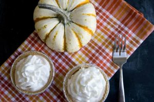 How to Host a Thanksgiving Eve Pie Night + Easy Pie Ideas