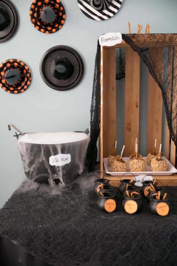 hocus-pocus-halloween-party-ideas