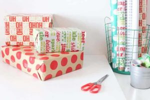 Super Practical Christmas Gift Wrapping Tips!