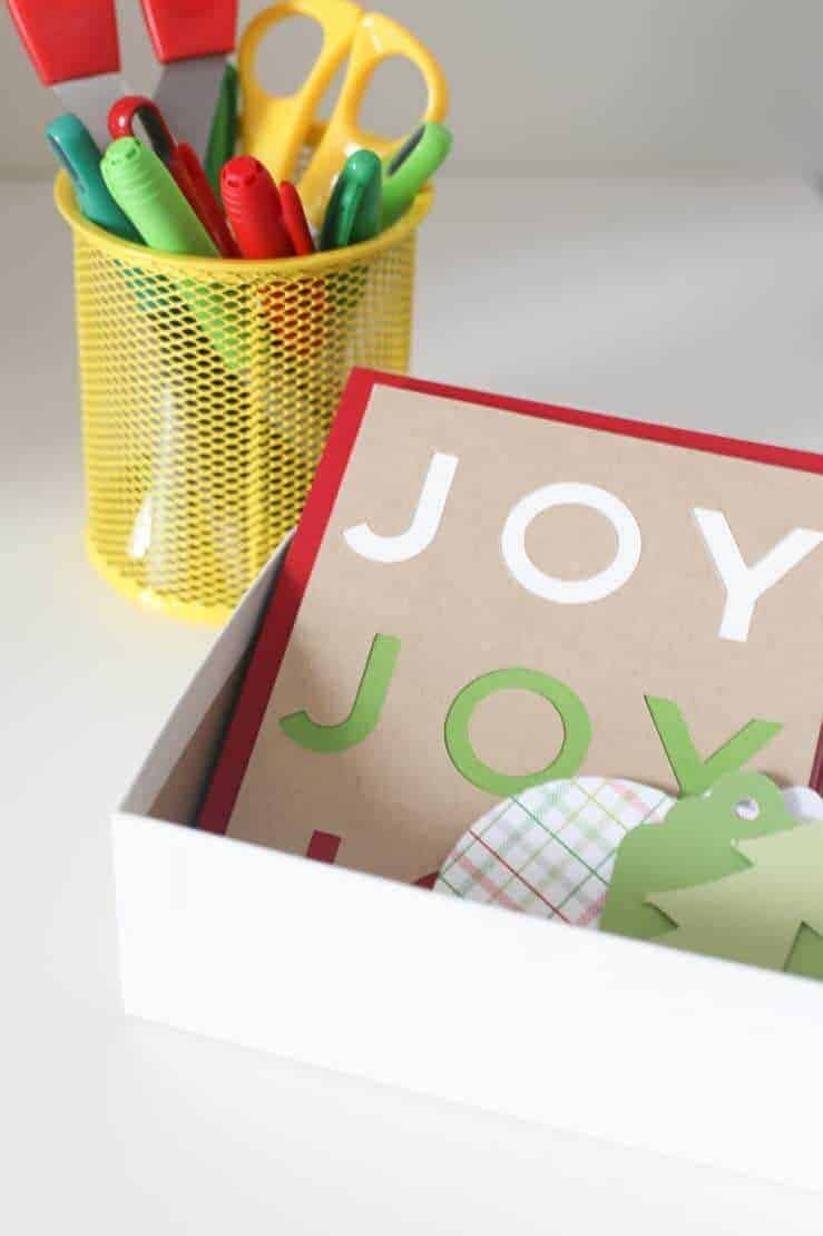 christmas-gift-wrap-station-18