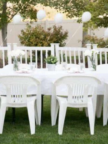 white-dinner-outdoor-wedding