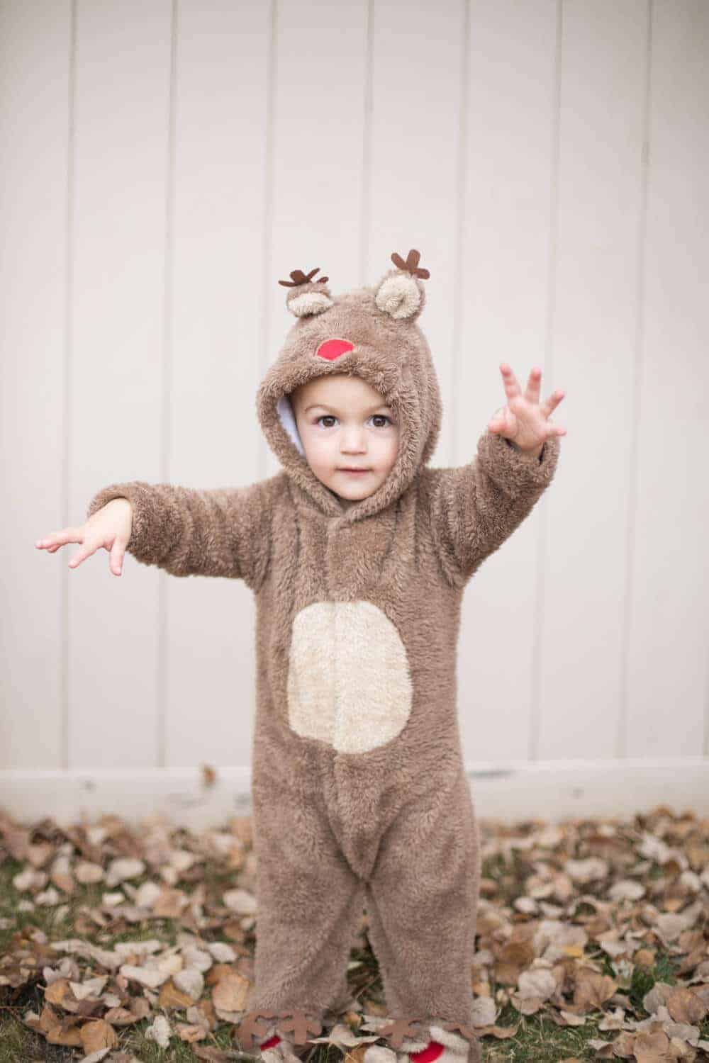 family halloween costume ideas- reindeer