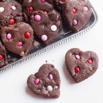 valentines-day-heart-brownies