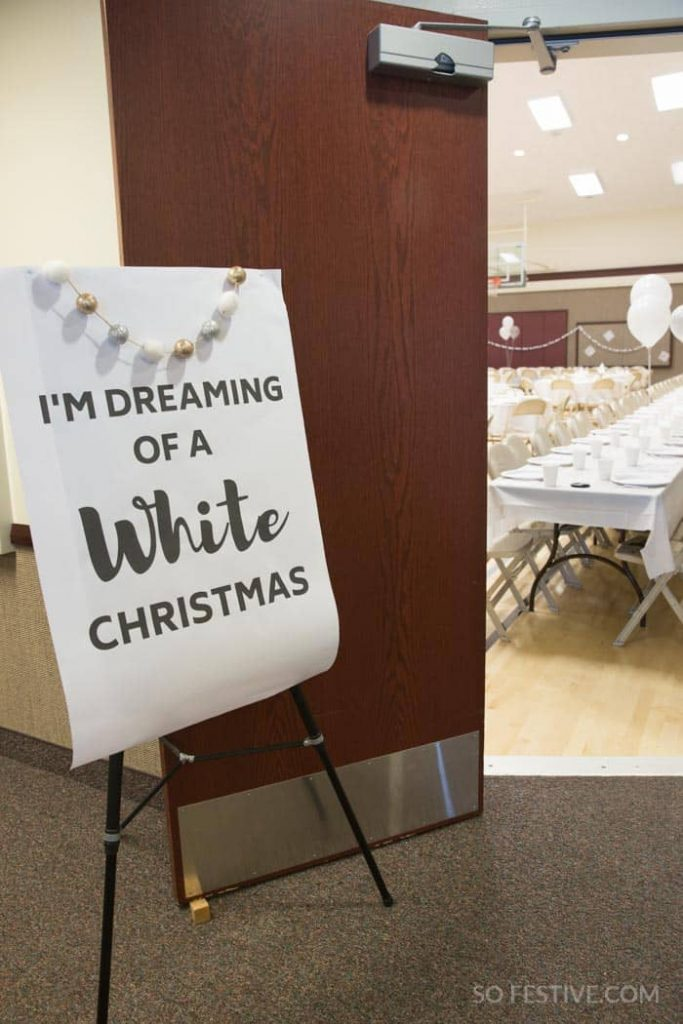 white-christmas-holiday-party-ideas