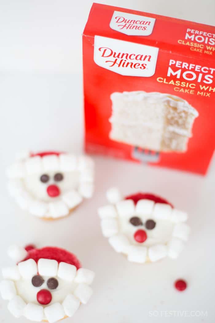 santa christmas cupcakes