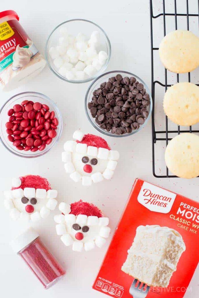 cute-santa-cupcakes