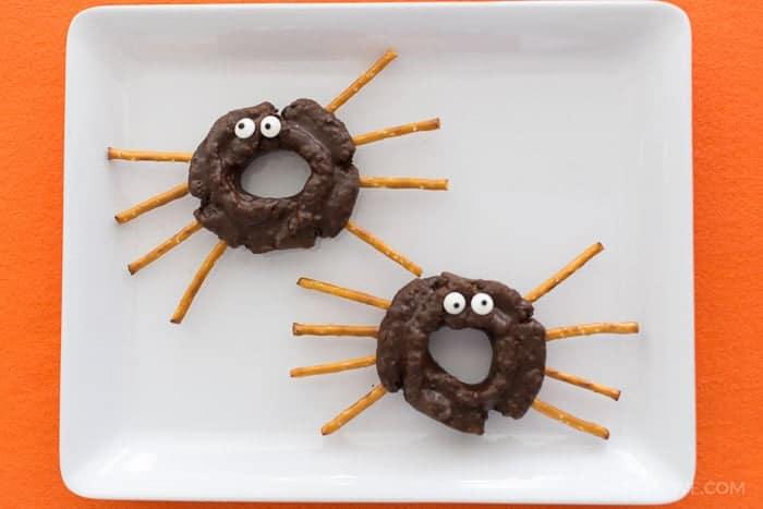 halloween-desserts-donuts