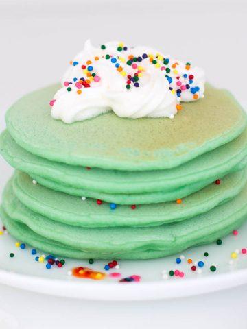 green-pancakes-st-patricks-day-food-3