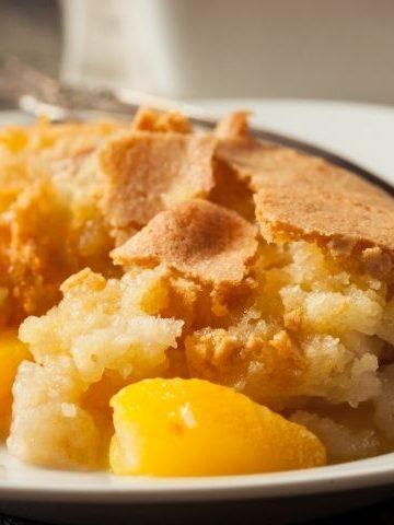 dutch-oven-peach-cobbler-recipe